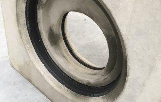 Adapterplatte: verbindet verschiedene Rohrsysteme, unterschiedliche Nennweiten und differente Rohrmaterialien